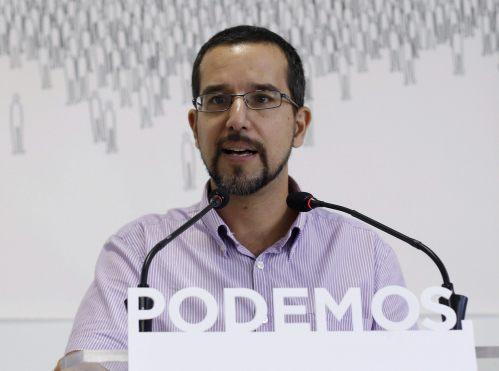 GRA285. MADRID, 22/09/2015.- El secretario de Organización de Podemos, Sergio Pascual, durante la rueda de prensa que ha ofrecido hoy tras la reunión de la dirección del partido. EFE/Paco Campos