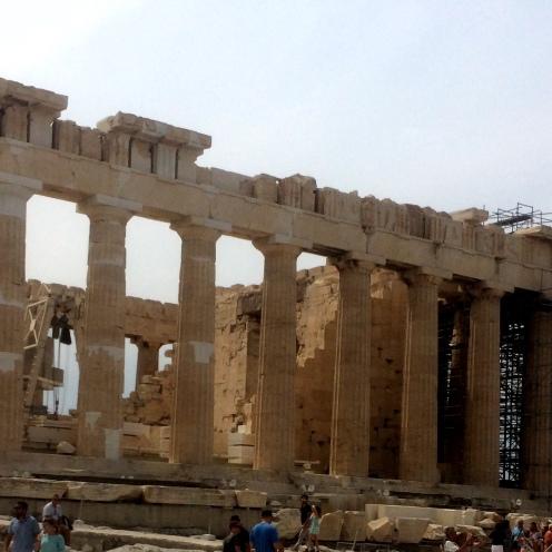 Partenón gruas