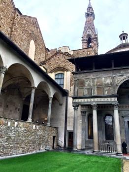 Exterior y capilla Pazzi