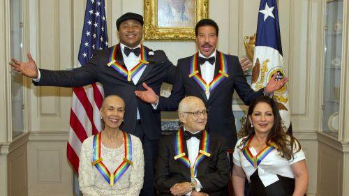 Arrivals - 2017 Kennedy Center Honors Formal Artist's Dinner, Washington, USA - 02 Dec 2017