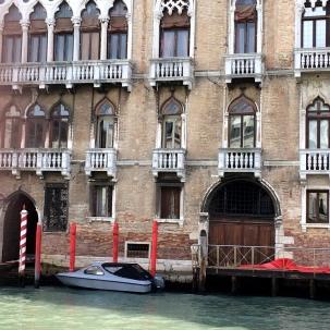 Portal y barca