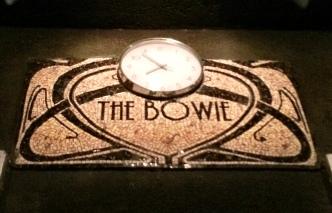 The Bowie detalle